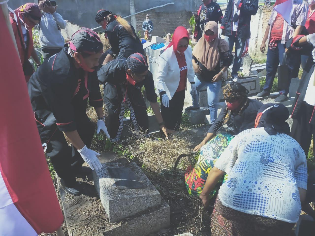 Makam Walikota Moestadjab Dipugar Komunitas Paseban