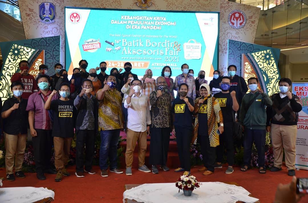 UMKM Fashion dan Aksesoris Jawa Timur Jadi Eksportir Global