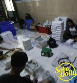 Warga Eks-lokalisasi Putat Jaya-Dolly Bekerja Sama Dalam Rangka Meningkatkan Taraf Perekonomian