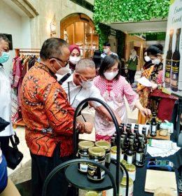 UKM Mendunia Bersama Bank Jatim Cabang Perak Surabaya
